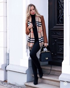 Fancy Work Outfits Ideas With Black Leggings To Copy Right Now02