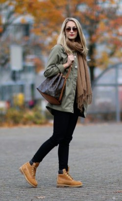 Fancy Work Outfits Ideas With Black Leggings To Copy Right Now27