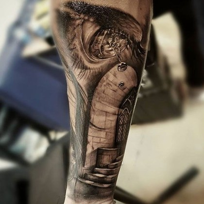 Gorgeous Arm Tattoo Design Ideas For Men That Looks Cool10
