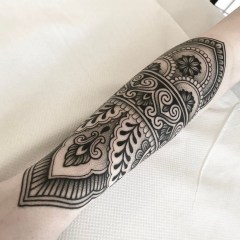 Gorgeous Arm Tattoo Design Ideas For Men That Looks Cool17