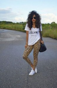Inspiring Summer Outfits Ideas With Leggings To Try04