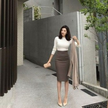 Unique Office Outfits Ideas For Career Women16