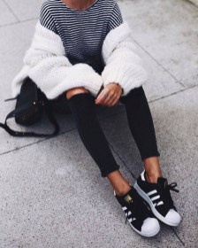 Attractive Sneakers Outfit Ideas For Fall And Winter11