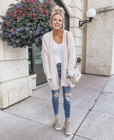 Attractive Sneakers Outfit Ideas For Fall And Winter14