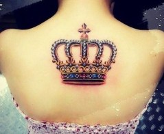 Comfy Crown Tattoos Ideas Youll Need To See09