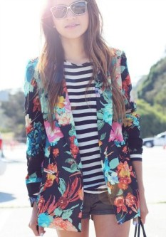 Cozy Combinations Ideas With Floral Blazers You Must Try01