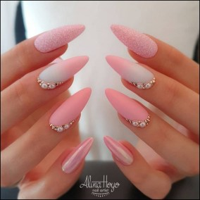 Fashionable Pink And White Nails Designs Ideas You Wish To Try01