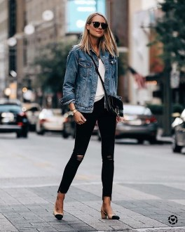 Flawless Outfit Ideas How To Wear Denim Jacket17