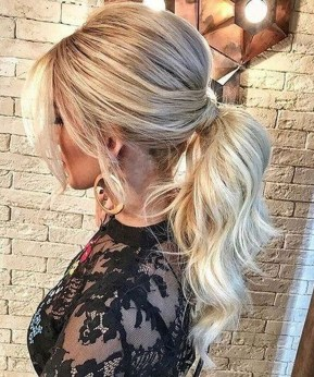 Gorgeous Prom Hairstyles Ideas For Women You Must Try34