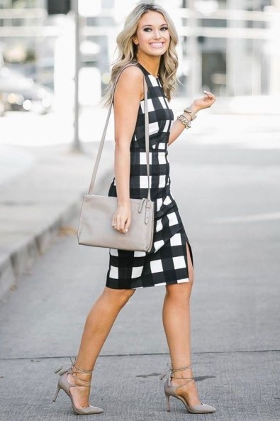 Impressive Spring And Summer Work Outfits Ideas For Women38