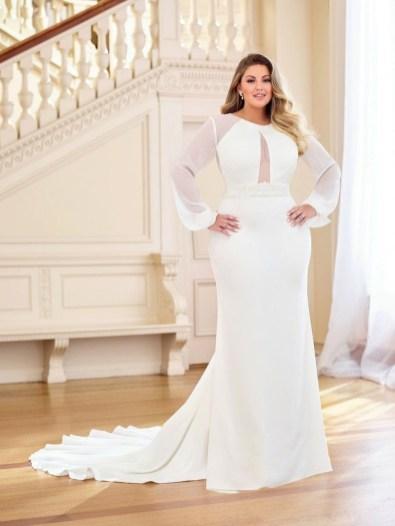 Impressive Wedding Dresses Ideas That Are Perfect For Curvy Brides34