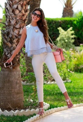 Inspiring Spring And Summer Outfits Ideas For Women Over 4016