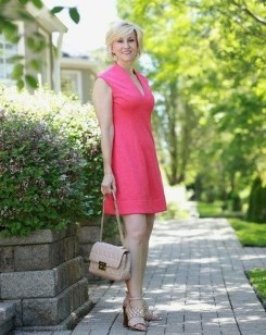 Inspiring Spring And Summer Outfits Ideas For Women Over 4038