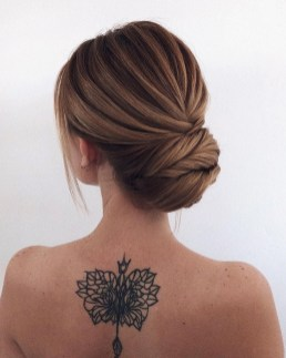 Unique Bun Hairstyles Ideas That Youll Love04