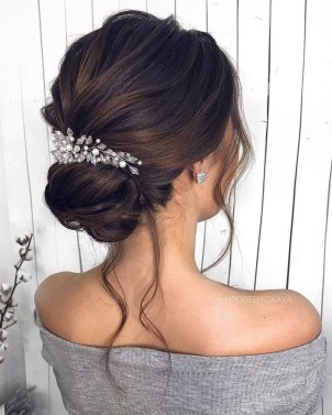 Unique Bun Hairstyles Ideas That Youll Love28