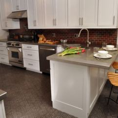 Kitchen Breakfast Bars Chairs For Bar Countertop Height Or Addicted Peninsula Nicholas Moriarty Interiors Via Houzz