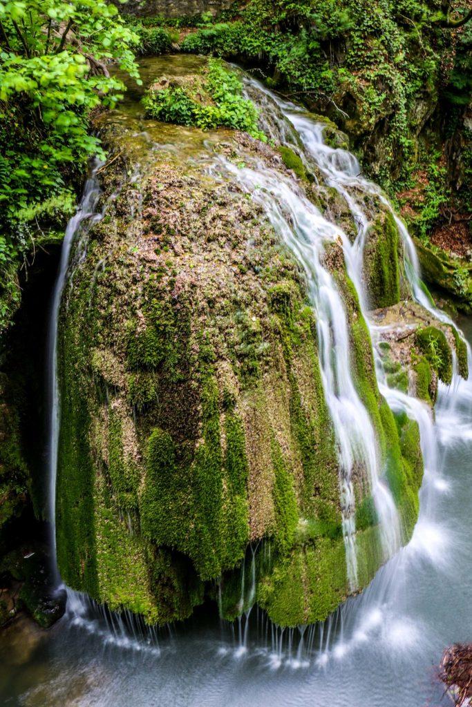 Rumunia_atrakcje_wodospad_bigar