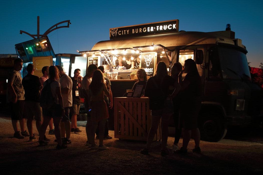 photographie food truck de nuit