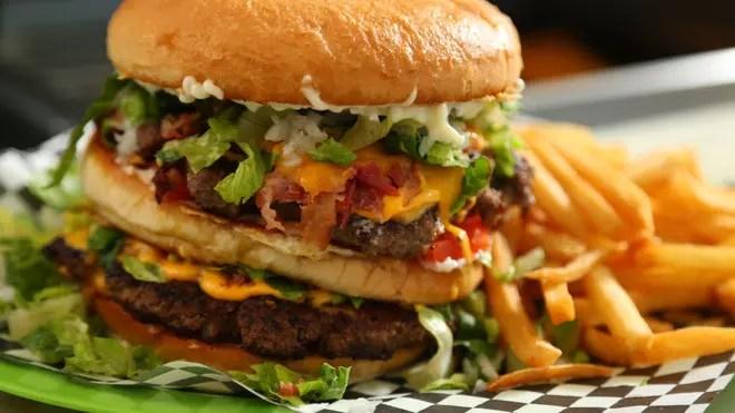 إدمان اللحوم – داء أم غذاء