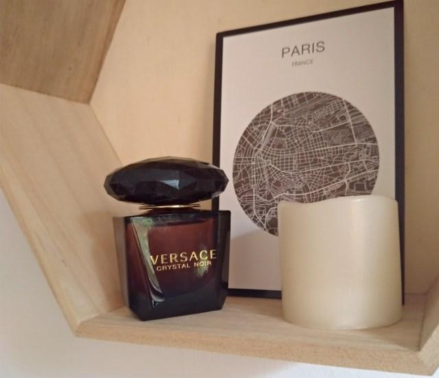 crystal noir versace parfum