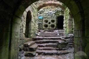 1dunnottar-castle-entrance-aberdeen
