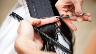 A woman with ADHD working as a hairdresser explains why that is the best, most interesting career for her.
