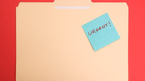 A document hotspot for urgent documents, a good strategy to get things done.