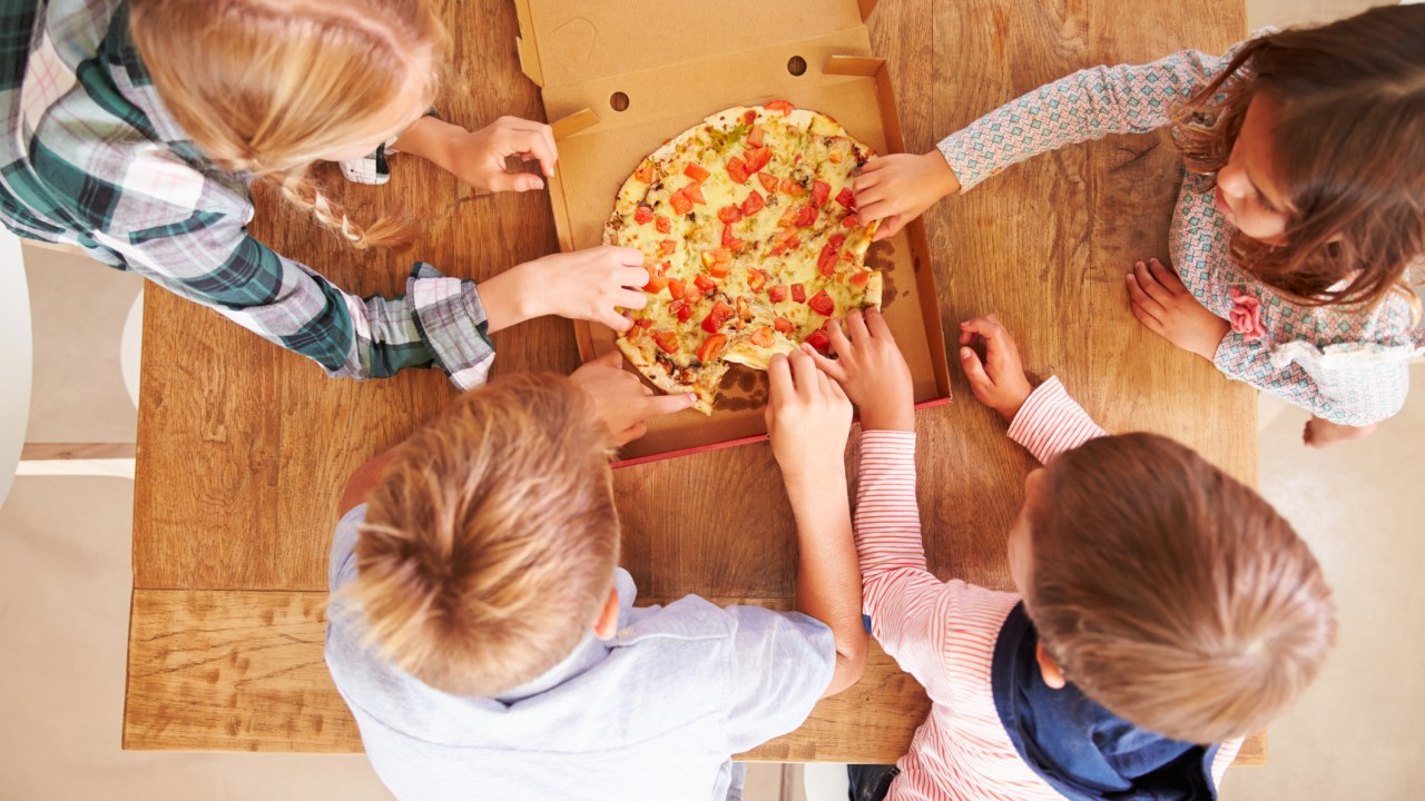 Four kids with ADHD learn how to make friends by sharing pizza