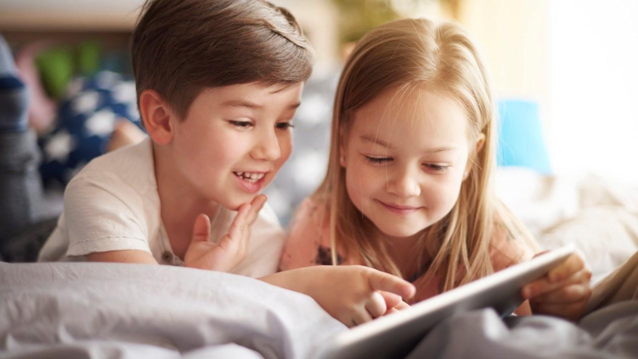 ADHD kids play apps that build social skills