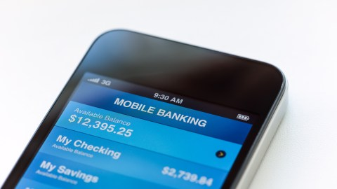 A phone to do your mobile banking can simplify your life by easing the time it takes to do simple tasks.