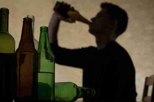 A guide for parents whose teenagers with attention deficit disorder may be drinking during the holidays — and beyond.