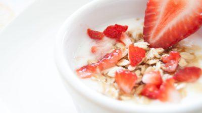 Fresh strawberries, granola and yogurt make a healthy ADHD breakfast, according to reader meal tips