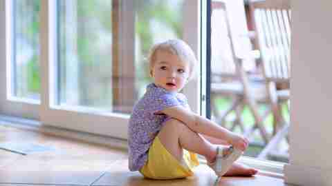 ADHD and Fine Motor Skills: Teach Your Child to Tie His Shoes and Get Dressed