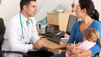 Mom talks to doctor about ADHD daughter