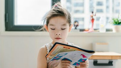 How to Help a Child Struggling With Reading: 5 Strategies