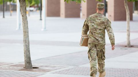 """""""I Survived Boot Camp (and College) Thanks to This Army Strategy"""""""