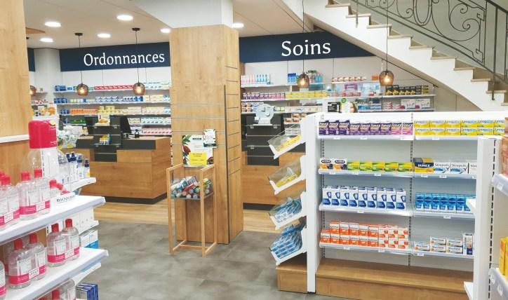 Aménagement d'une pharmacie à Douarnenez, Finistère