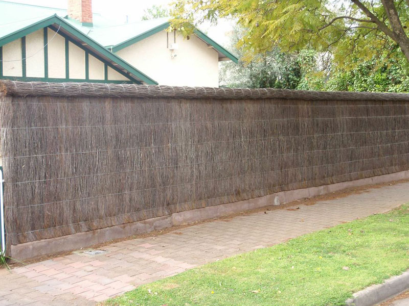 Adelaide Brush Fencing  Installations  Repairs  Extensions