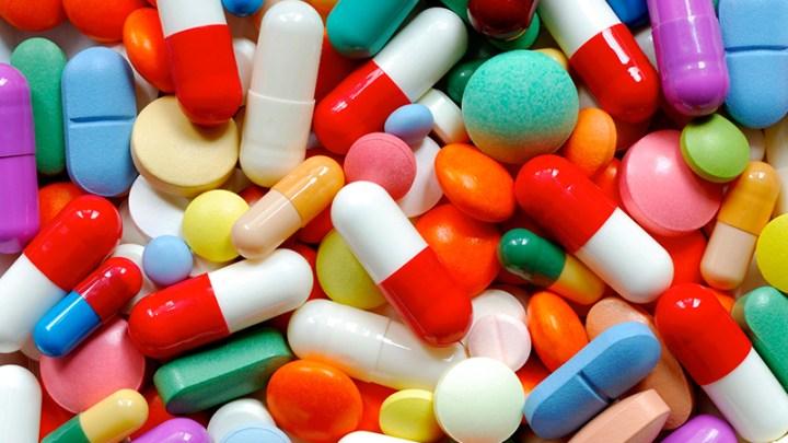 """""""La presión selectiva, como la de los antibióticos, hace a las bacterias resistentes"""" 1"""