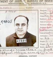 Al Capone nunca dejó de dar dinero 3