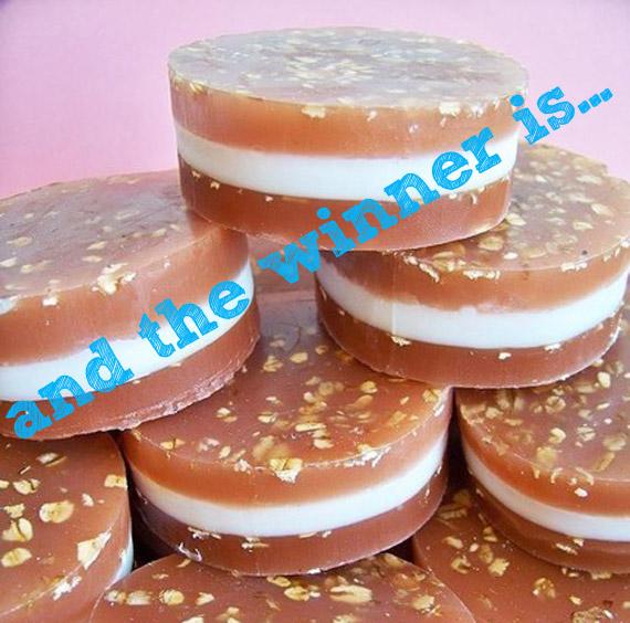 Oatmeal Cream Pie Cookie Winner!