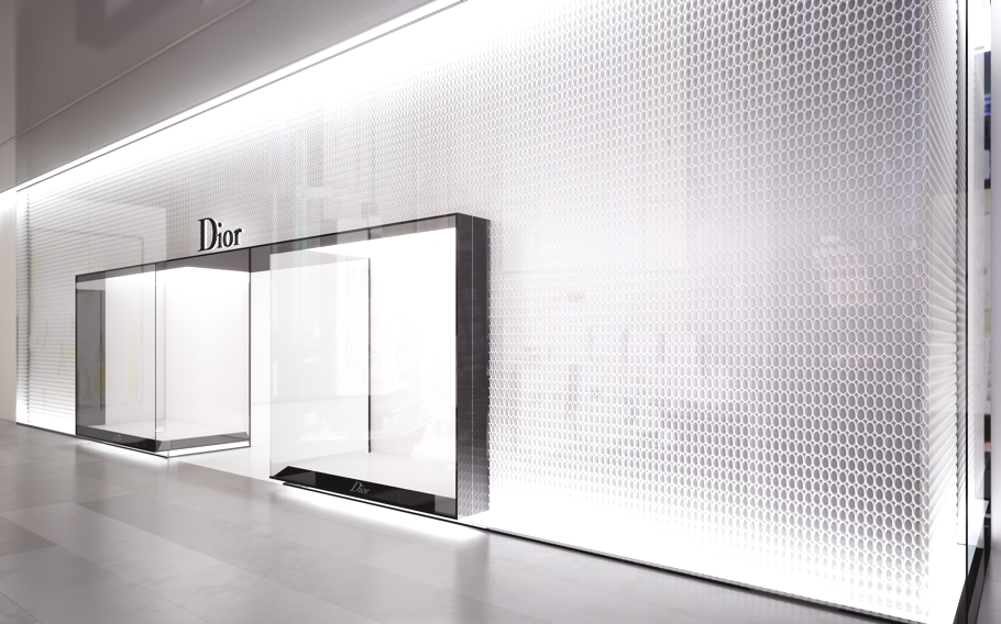 Luxury Store Design For Diors London Concept Store