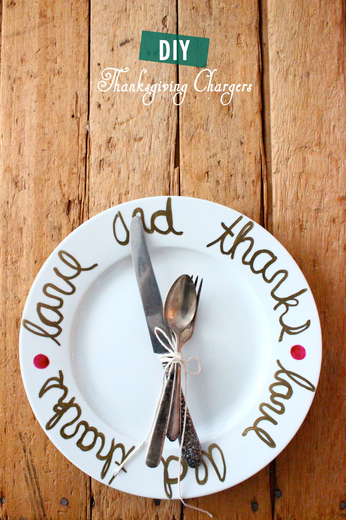DIY: Thanksgiving Charger Plates
