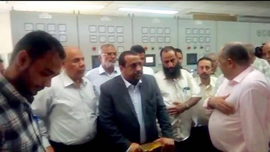 أمين عام مجلس الوزراء يتفقد محطات التوليد وشبكة التحكم بالعاصمة المؤقتة عدن