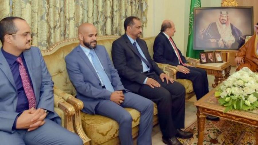 السفير اليمني في ضيافة امير منطقة نجران