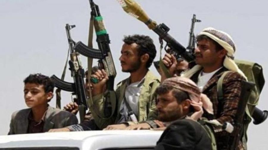 """قيادات حوثية تبيع """"الكلور"""" المقدم كمساعدات للشعب اليمني"""