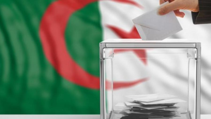 """انتخابات الجزائر.. """"حمى الترشحات"""" في ظل استمرار صمت الرئيس المطبق"""