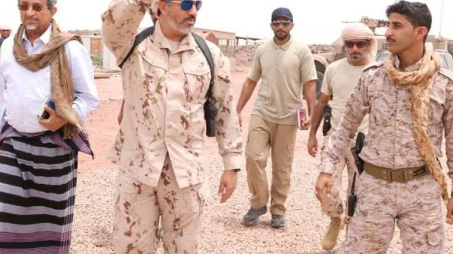 شبوة القيادة الاماراتية تفصل احد قيادات النخبة بعد مطالبته بستليم مستحقات الحراسات الامنية وتقوم بسجنه لايام