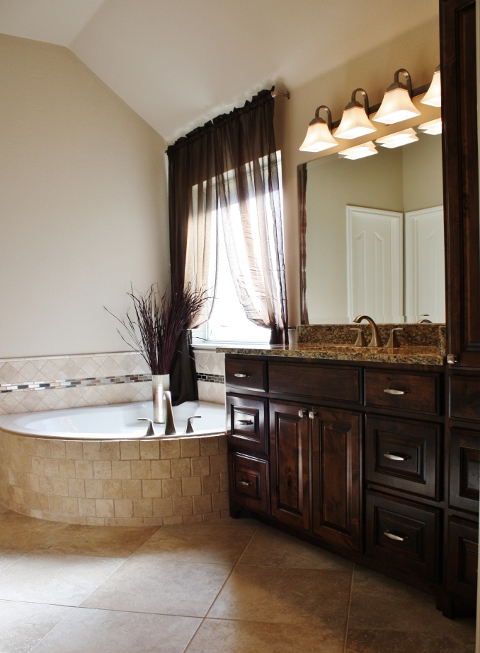 Round Rock Master Bathroom Remodel