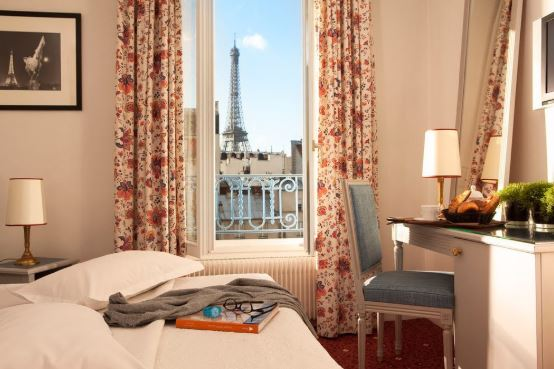 Best Hotels With Stunning Views Of The Eiffel Tower